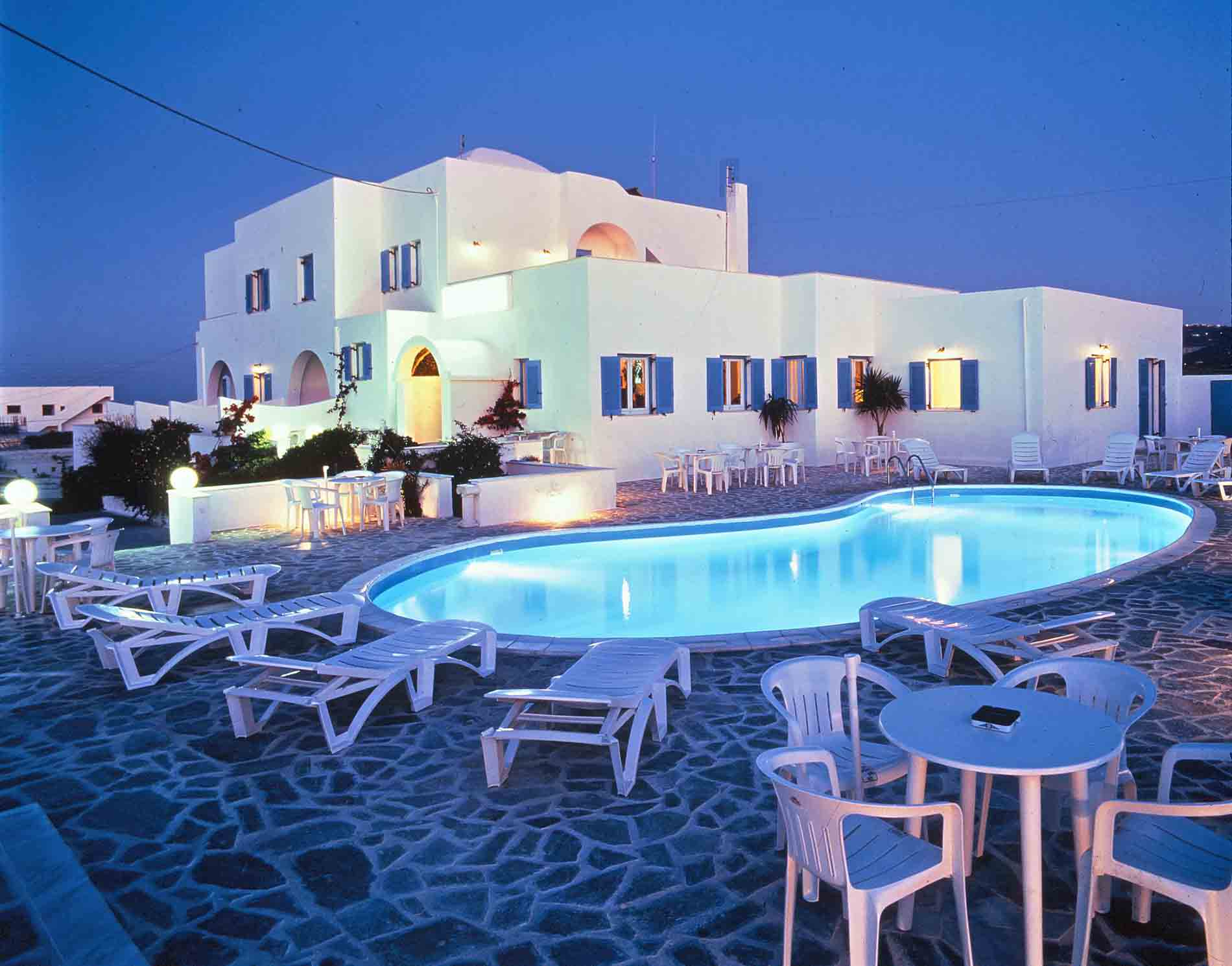 Cheap Hotels In Fira Santorini